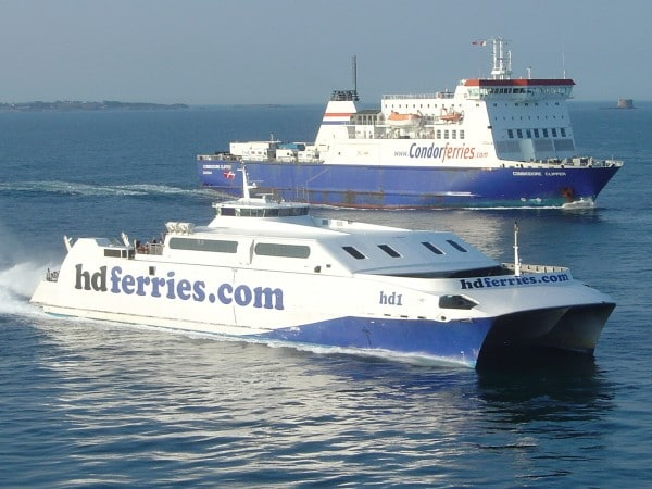 Condor_Ferries_and_HD_Ferries_at_St._Peter_Port_Guernsey