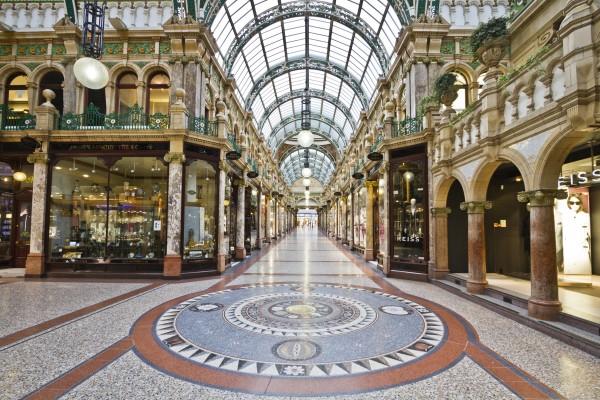 county_arcade_victoria_quarter_leeds_by_kippa2001-d81yvbb