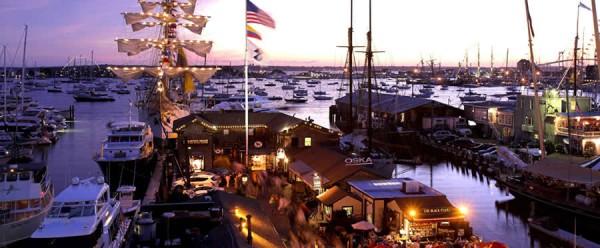 newport-harbor-night