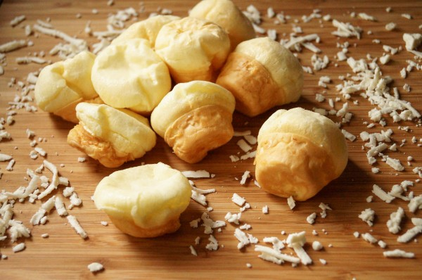 pao-de-queijo-3-of-4