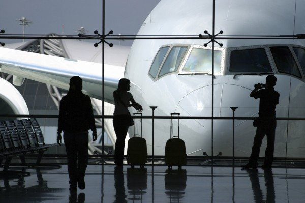 top-5-international-airport-travel-tips